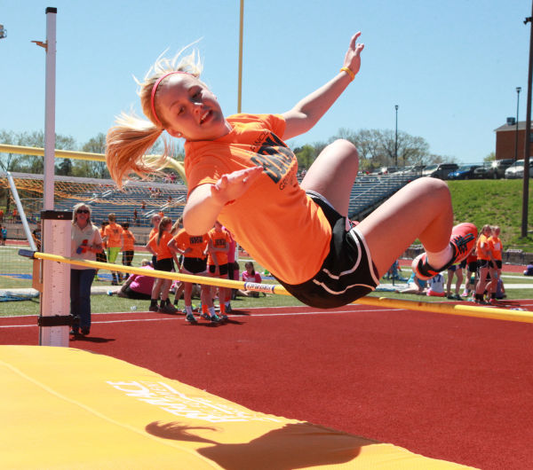 025 7th and 8th Grade Track and Field.jpg