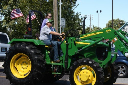 010 Tractors Union.jpg