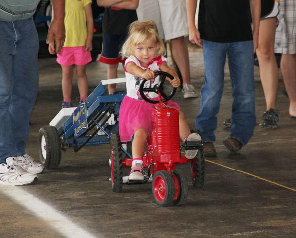 013 Pedal Tractor Pull 2014.jpg