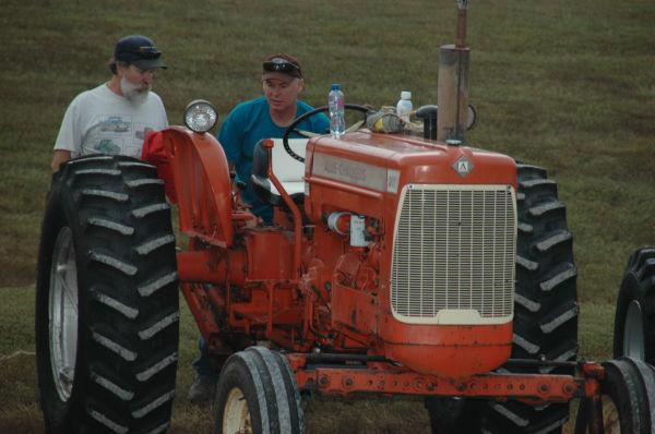 001 Tractors in St Clair.jpg