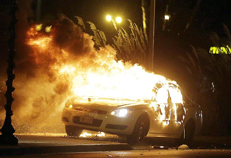 Ferguson Torched in Overnight Protests After Crowds Erupt at No Indictment