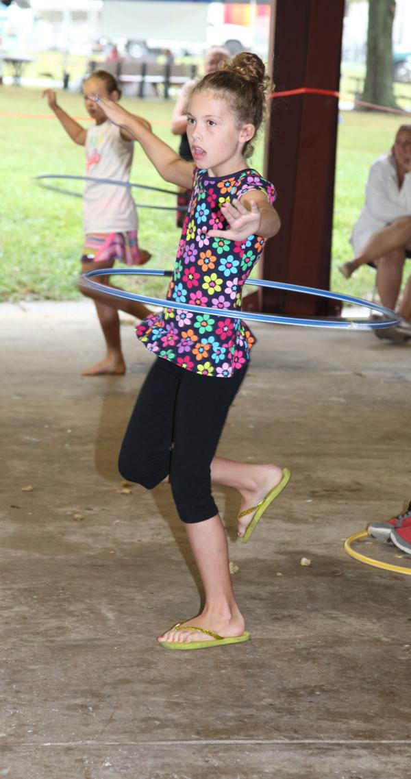 020 Fair Hula Hoop Contest 2014.jpg