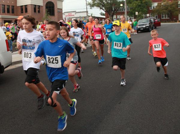 004 Run to Read 2013.jpg