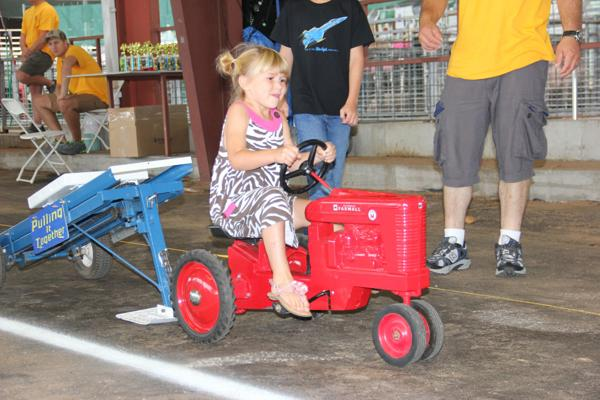 010 Pedal Tractor Pull 2014.jpg
