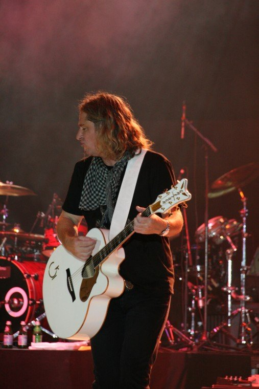017Collective Soul Play TnC Fair 2011.jpg