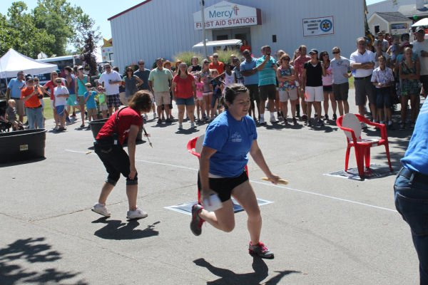 005 Outhouse Races 2013.jpg