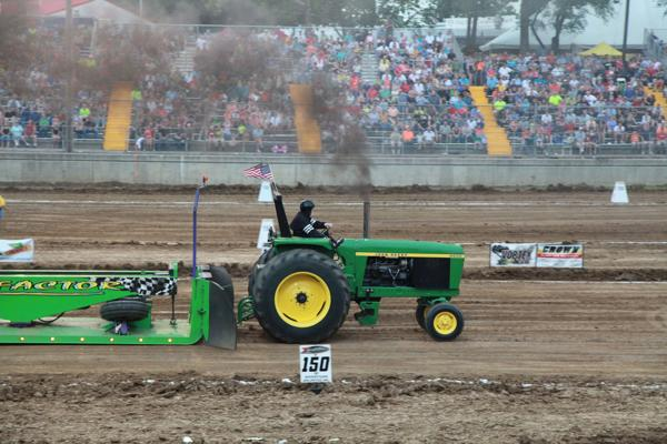 011 Tractor Pull at the Fair 2014.jpg