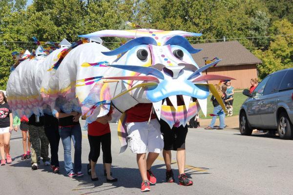 009 UHS Homecoming parade 2013.jpg