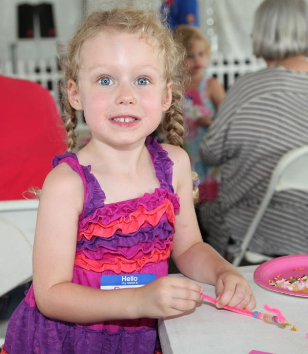 004 Queen for a Day 2014.jpg
