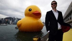 Giant Rubber Duck Makes Splash in Hong Kong Harbor