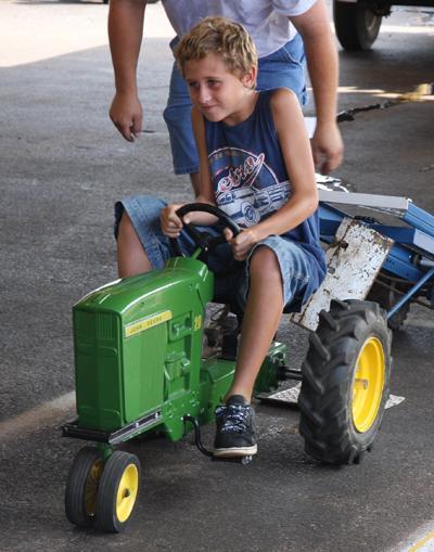 015 Fair Pedal Tractor.jpg