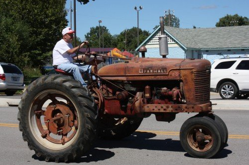 012 Tractors Union.jpg
