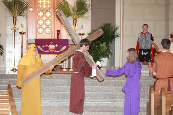 015 OLL Stations of the Cross 2014.jpg