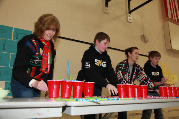 013 Minute to Win It St John Gildehaus 2014.jpg