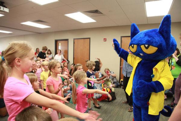 002 Pete the Cat.jpg