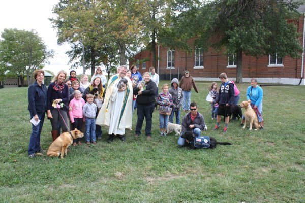 019 Pet Blessing Neier Church.jpg