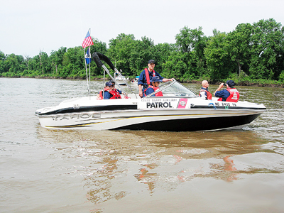 Coast Guard Flotilla 3-7 on Patrol