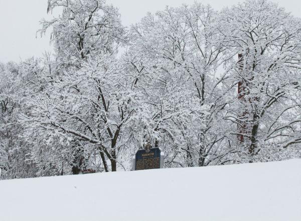 040 Snow December 14 2013.jpg
