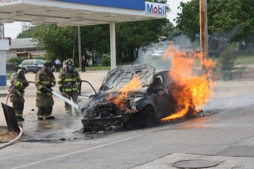 008 Union Car Fire.jpg