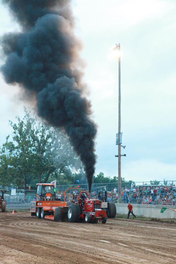 023 Tractor Pull at the Fair 2014.jpg