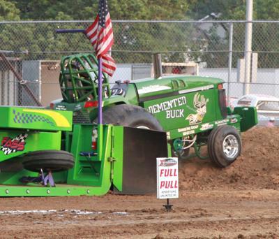 020 Fair Tractor Pull.jpg