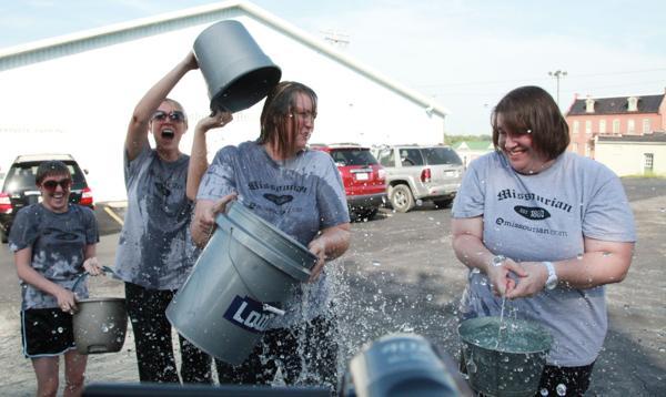 015 Washington Missourian Newspaper Ice Bucket Challenge.jpg