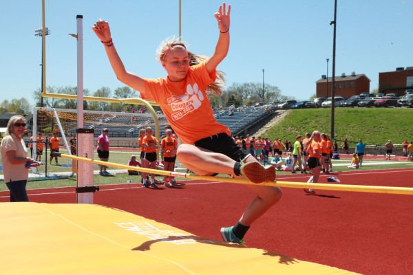 024 7th and 8th Grade Track and Field.jpg