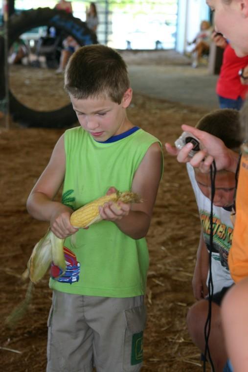 011 Fair Super Farmer Contest.jpg