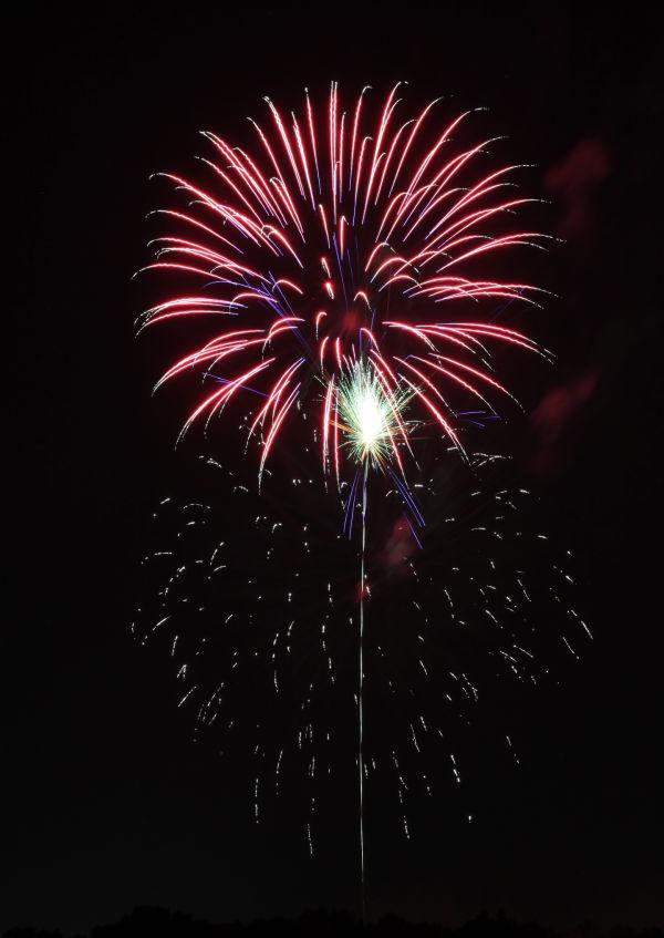 033 Washington MO Fireworks.jpg