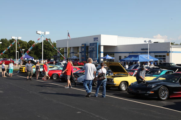 023 Modern Auto Cruise Night 2013.jpg