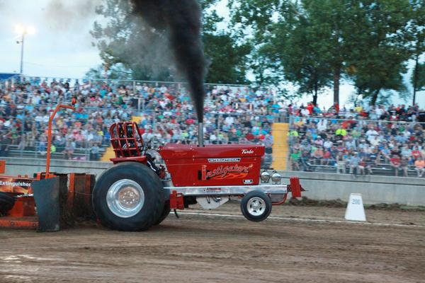 025 Tractor Pull at the Fair 2014.jpg