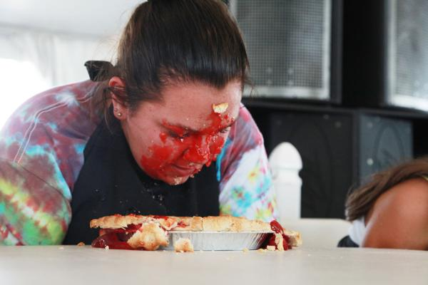 003 Pie eating Contest at fair 2014.jpg
