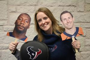 Texans supports former players, coaches in the Super Bowl