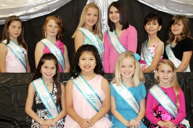 Junior Miss competitors