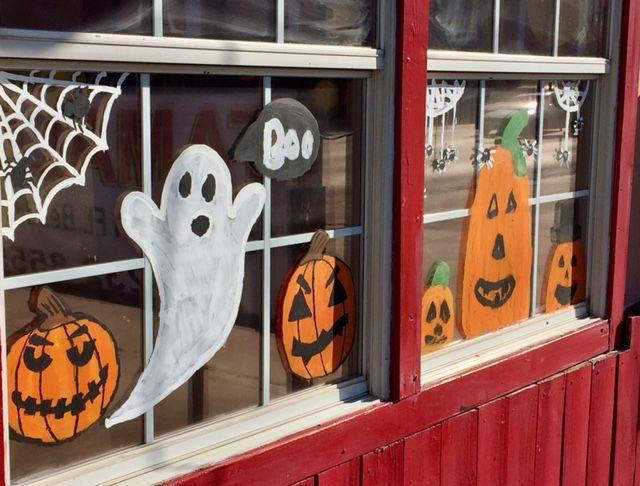 Halloween decorations  Fort Bend Herald School News