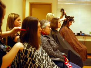 Donate Hair  Cancer on Several Donate Hair To Make Wigs For Cancer Patients