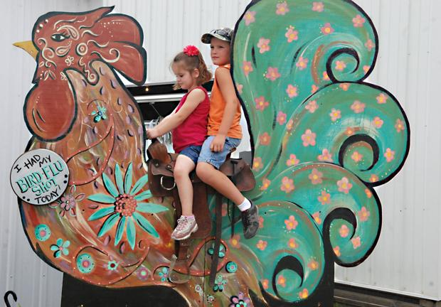 Visitors see variety of exhibits at Washington County competition