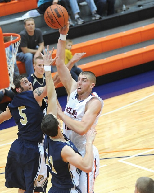 Parrott sparks Midland men to first win | Midland Sports ...