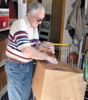 Volunteers help deliver Christmas boxes