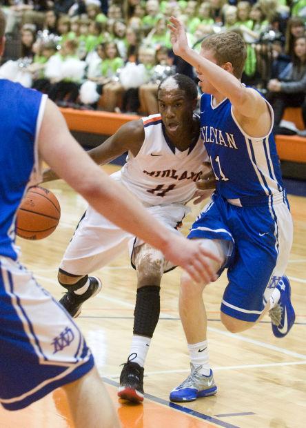 Photos: Men's basketball, Midland University vs. Dakota ...