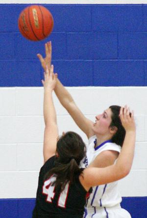 Omaha Duchesne records victory over PHS girls