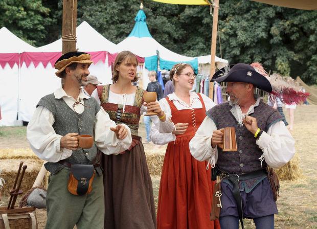 2013 Oregon Renaissance Faire Kings Valley | Rachael Edwards