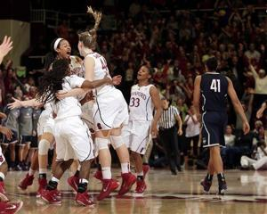 Stanford women make statement early (and more Pac-12 women's hoops tidbits)
