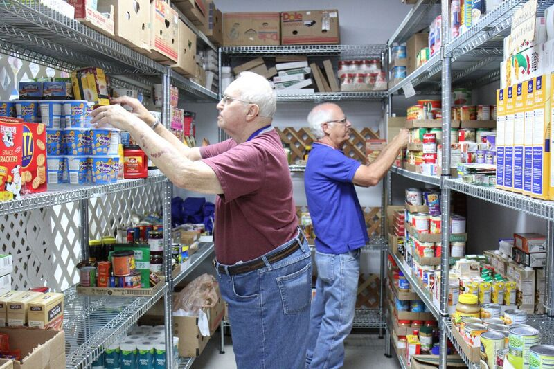 local food pantry celebrates 33 years serving glendale