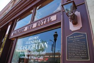 Gaslight Inn and Plate It Up close up shop