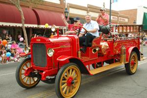 26th Annual Fire Prevention Parade teaches 'prevent home fires'