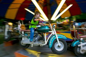 July 4th carnival opens in Clear Lake