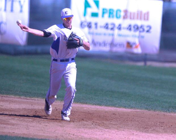 Glendinning continues tear for red-hot Trojans
