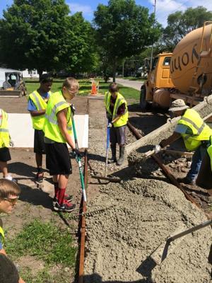 Mason City HS football tackles new summer initiative: volunteering