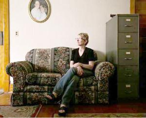 Woman crusades to publicize Iowa's unsolved murders